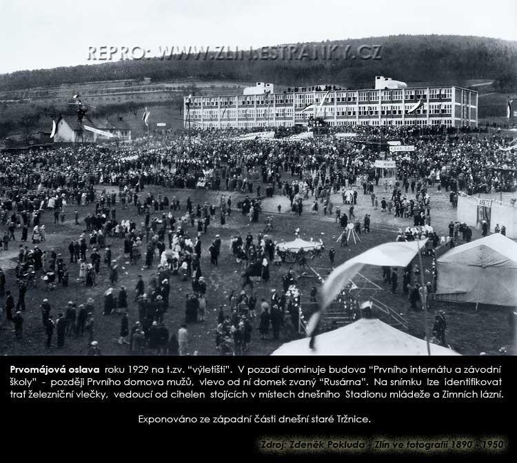 První máj roku 1929 - slavnostní shromáždění na výletišti