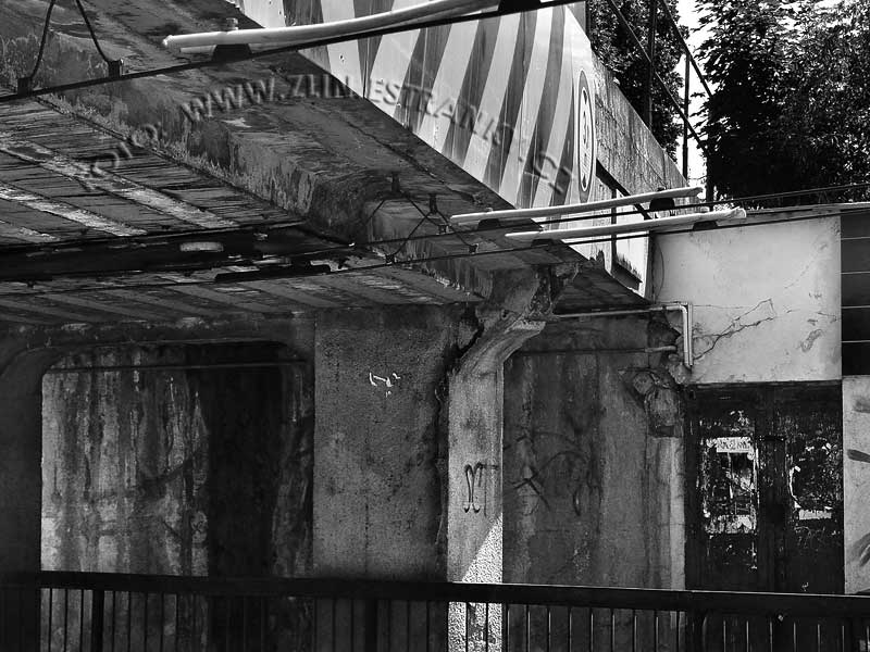 Dlouhá ulice - železniční nadjezd - detaily nosné konstrukce po 80ti letech 5
